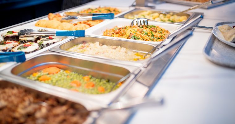 Advantages of Hiring House Party Caterers in Noida